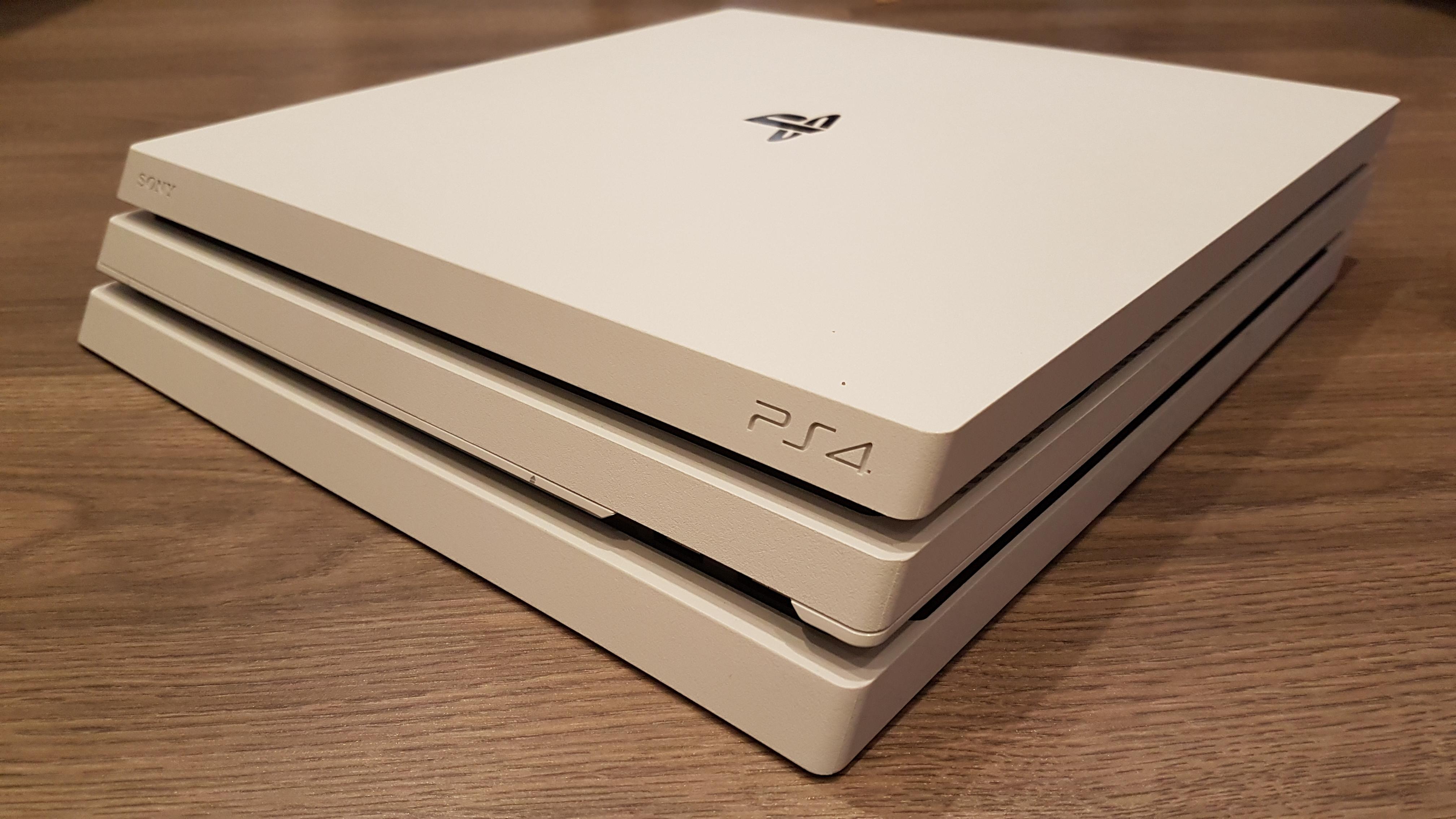 Nieuwe en gebruikte omgebouwde PlayStation 4 (PS4 jailbreak